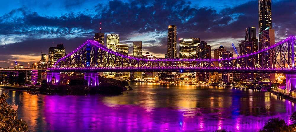 Brisbane electricity at night