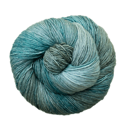 Cake fingering yarn