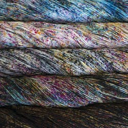 Set comparsa, 1 skein each