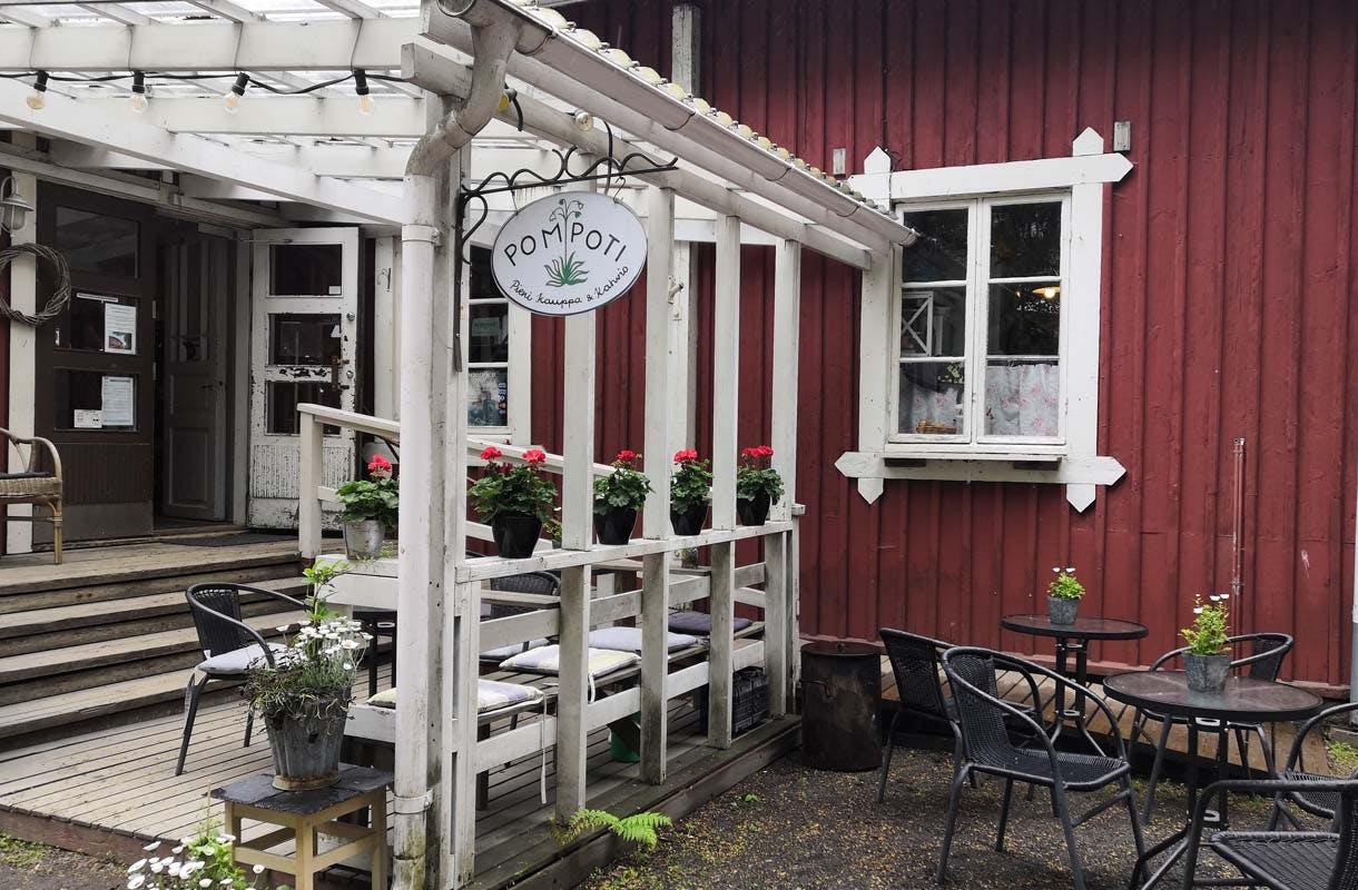 Riihimäki, kahvila Pompoti