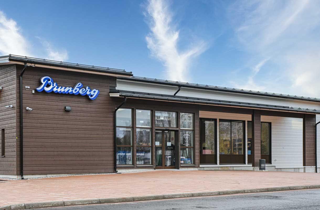 Brunbergin uusi tehtaanmyymälä Porvoossa
