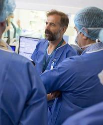 Medici străini se specializează la București - Centrele ARES | Lider in Cardiologie