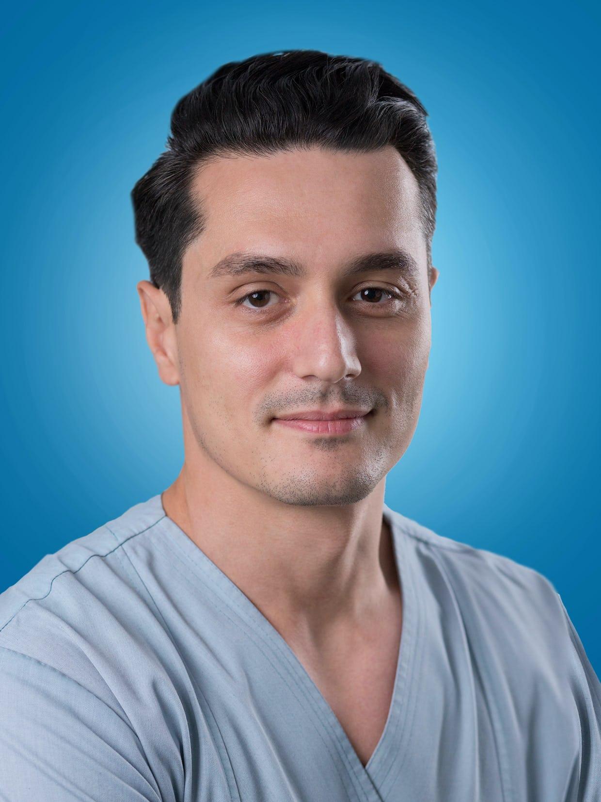 Dr. Nicolae Cârstea, medic interventionist la Centrele Ares