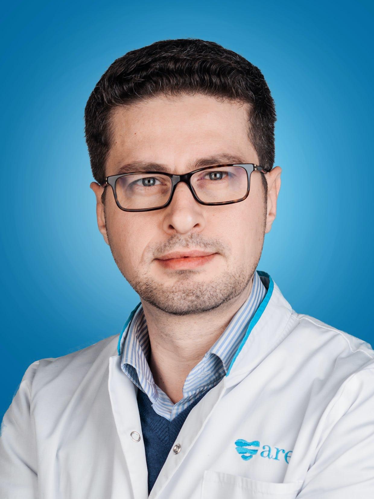 Doctor Ionut Stanca, medic primar cardiolog la Centrele Ares