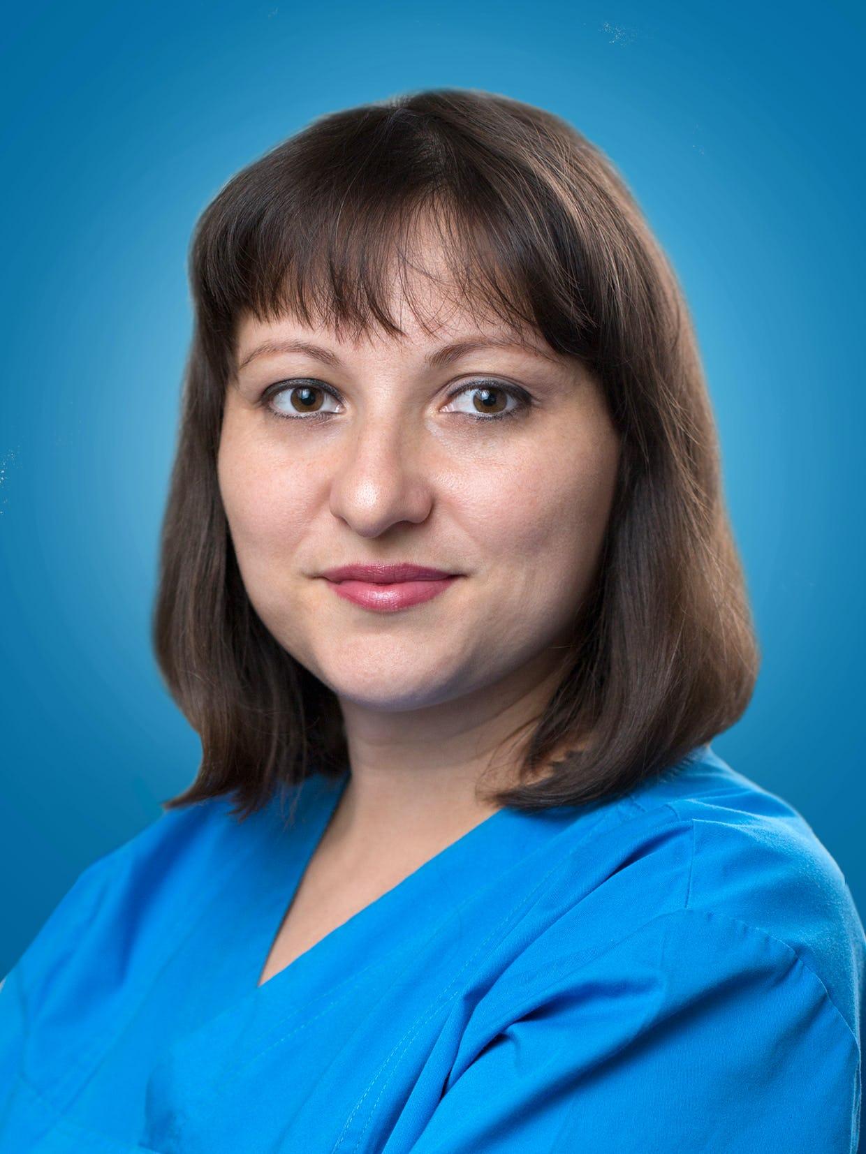 Doctor Raluca Naidin, medic primar cardiolog la Centrele Ares