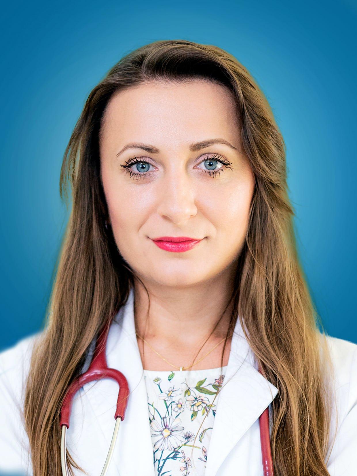 Doctor Crina Radulescu, medic specialist cardiolog la Centrele Ares