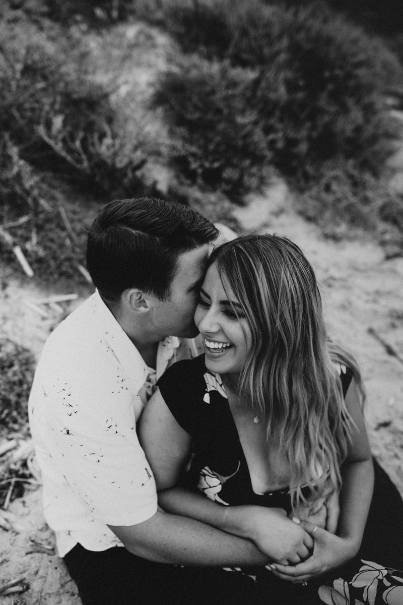 laura-collin-summer-engagement-crystalcove-2019-26