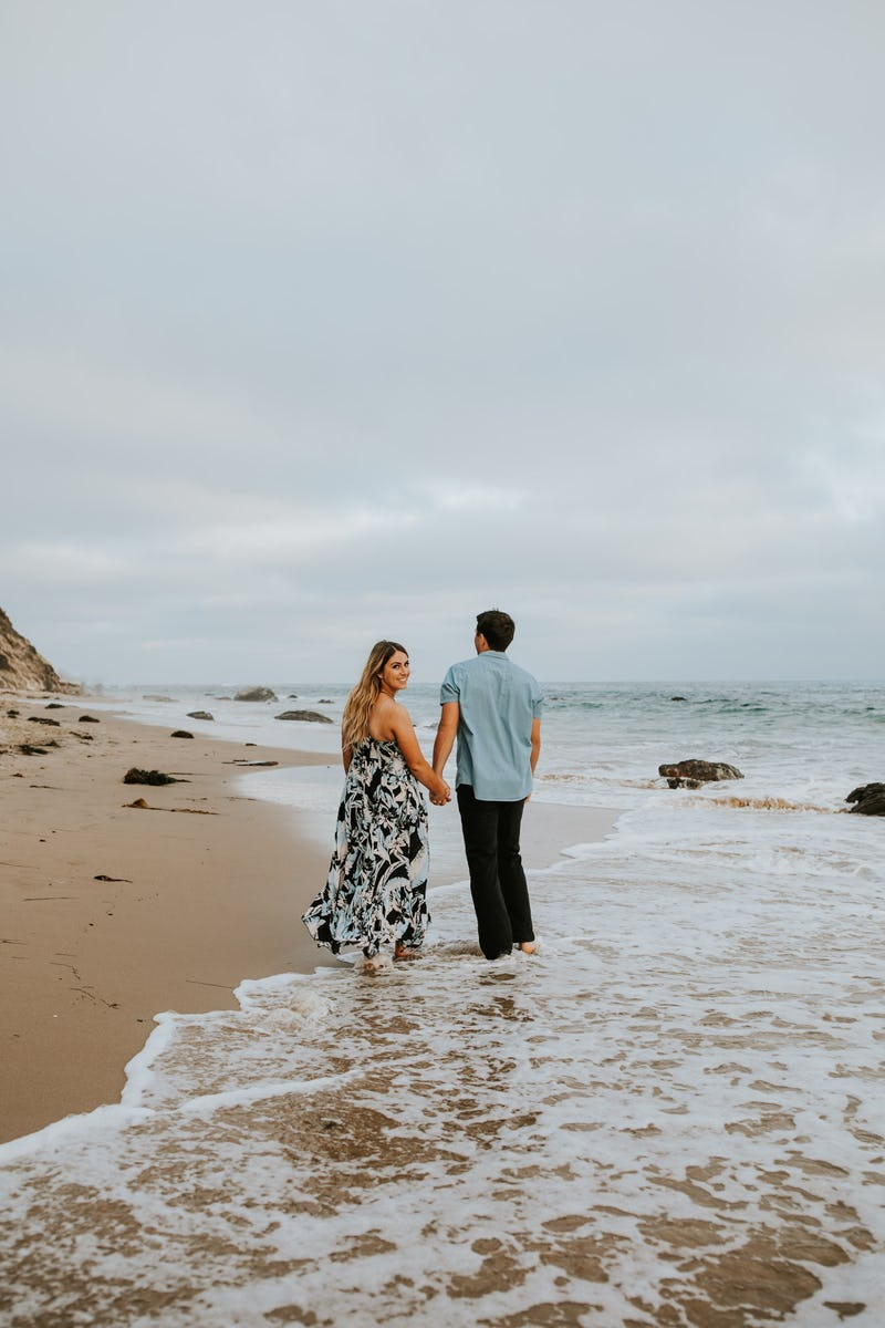 laura-collin-summer-engagement-crystalcove-2019-42