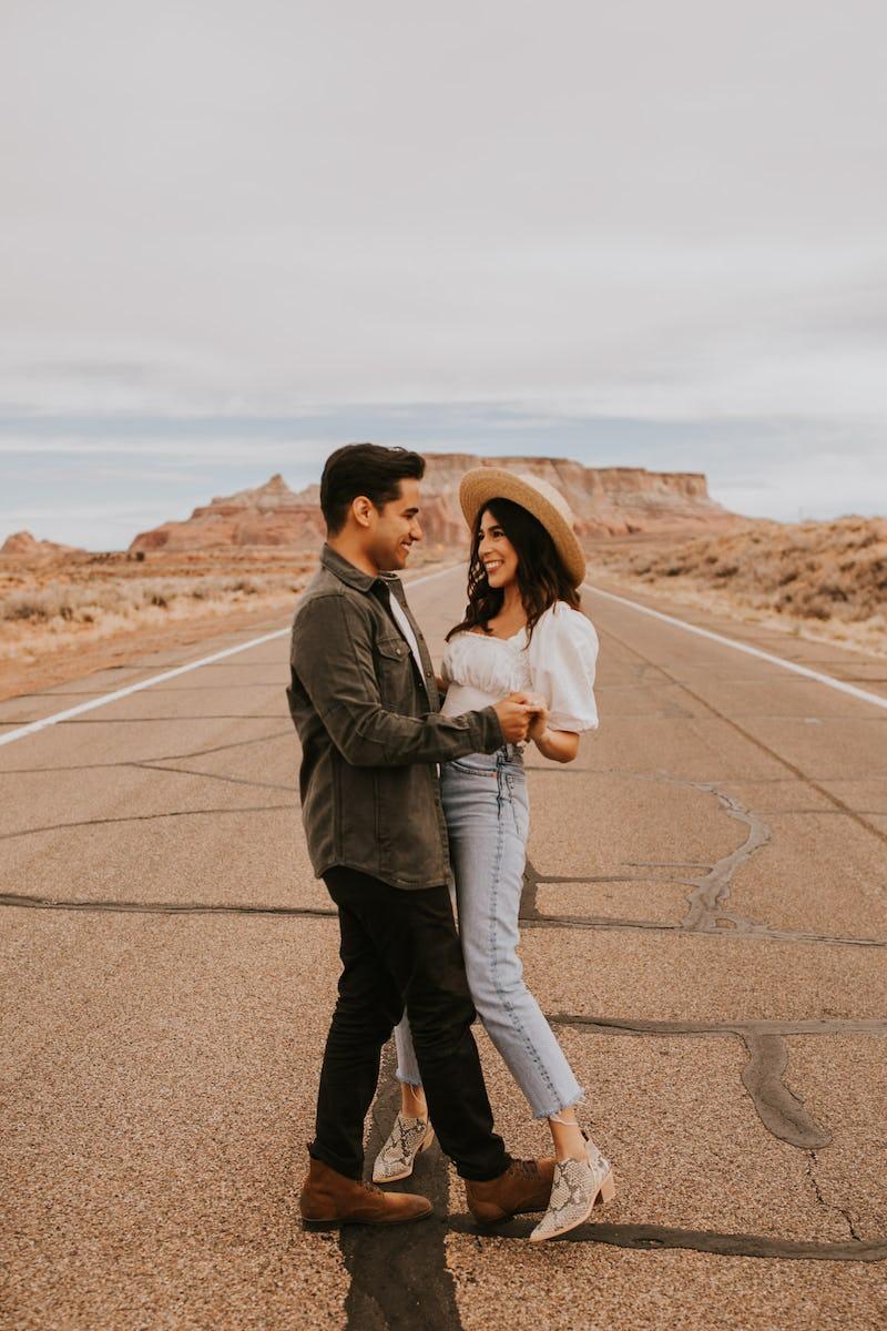 arizona-roadtrip-engagement-session-108