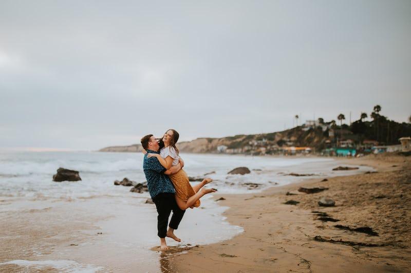 shakeshack-beachengagements-orangecounty-2019-42