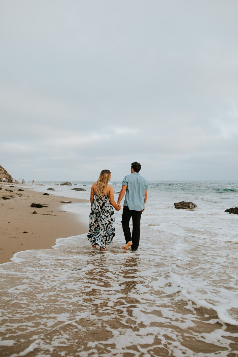 laura-collin-summer-engagement-crystalcove-2019-43