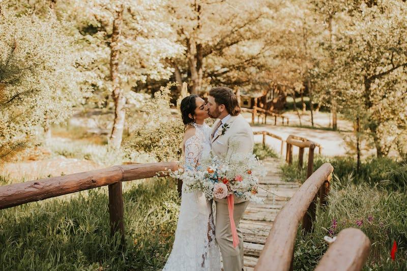 pinehillodge-springwedding-julian00075