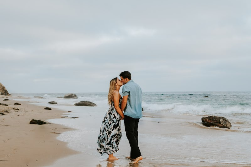 laura-collin-summer-engagement-crystalcove-2019-44