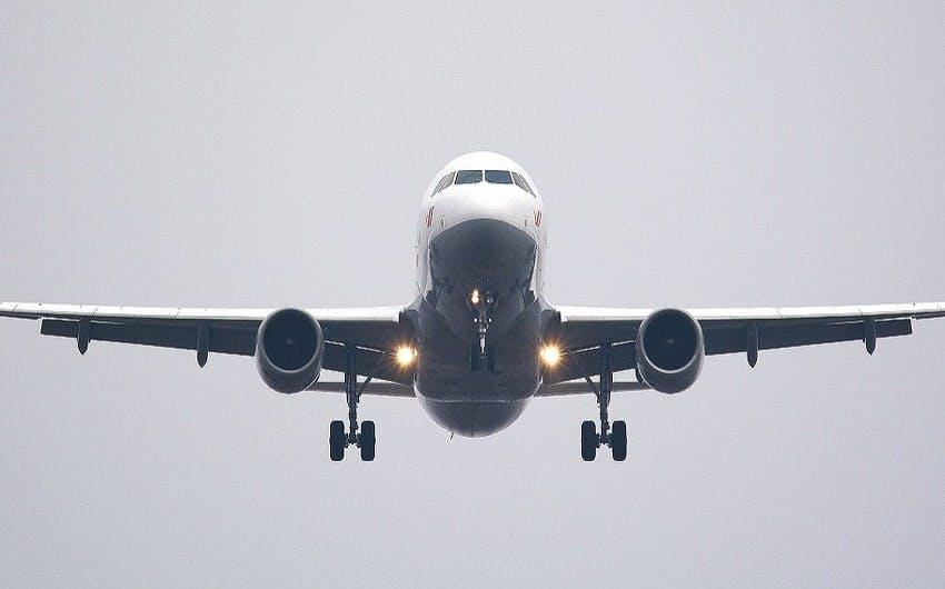 avion au décollage
