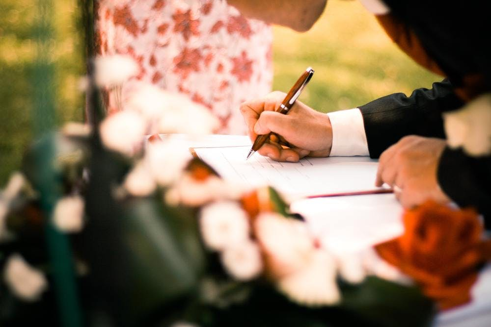 contract-flowers-funeral