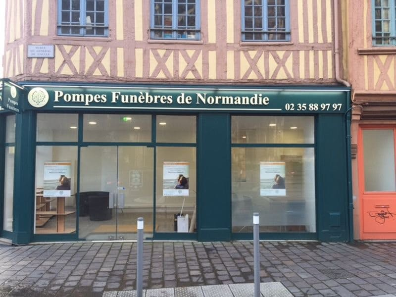 Photo de la Pompe Funèbre POMPES FUNEBRES ET MARBRERIE BERTHELOT