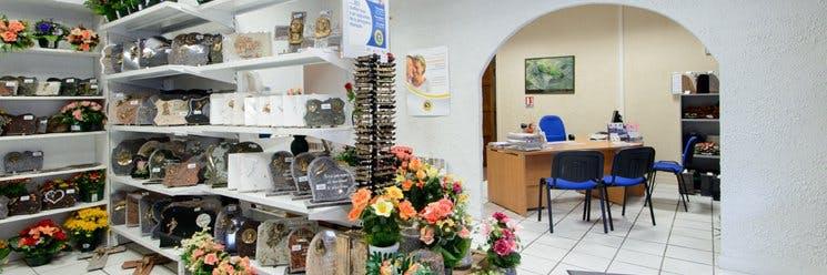 Photo de la Pompe Funèbre POMPES FUNÈBRES Centre Funéraire Rivière