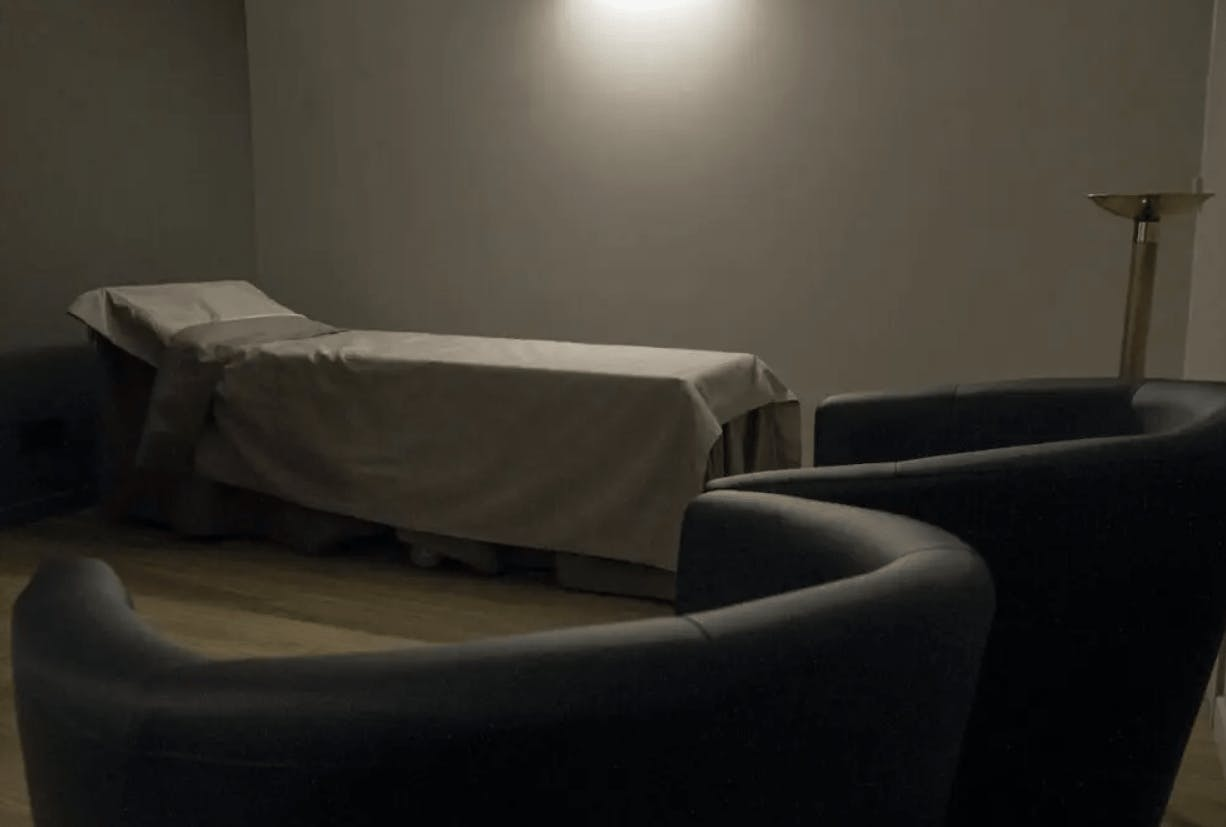 Photographie de la Chambre funéraire Roc-Eclerc Fery Frédéric