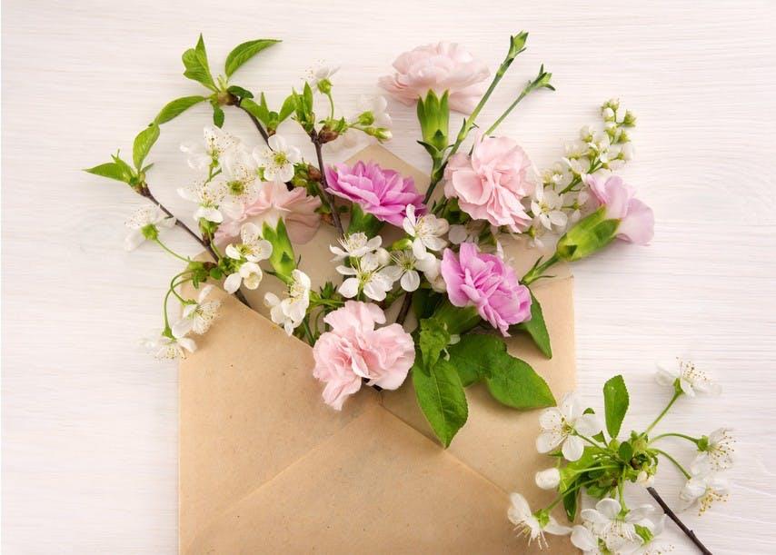 livrer fleurs de deuil