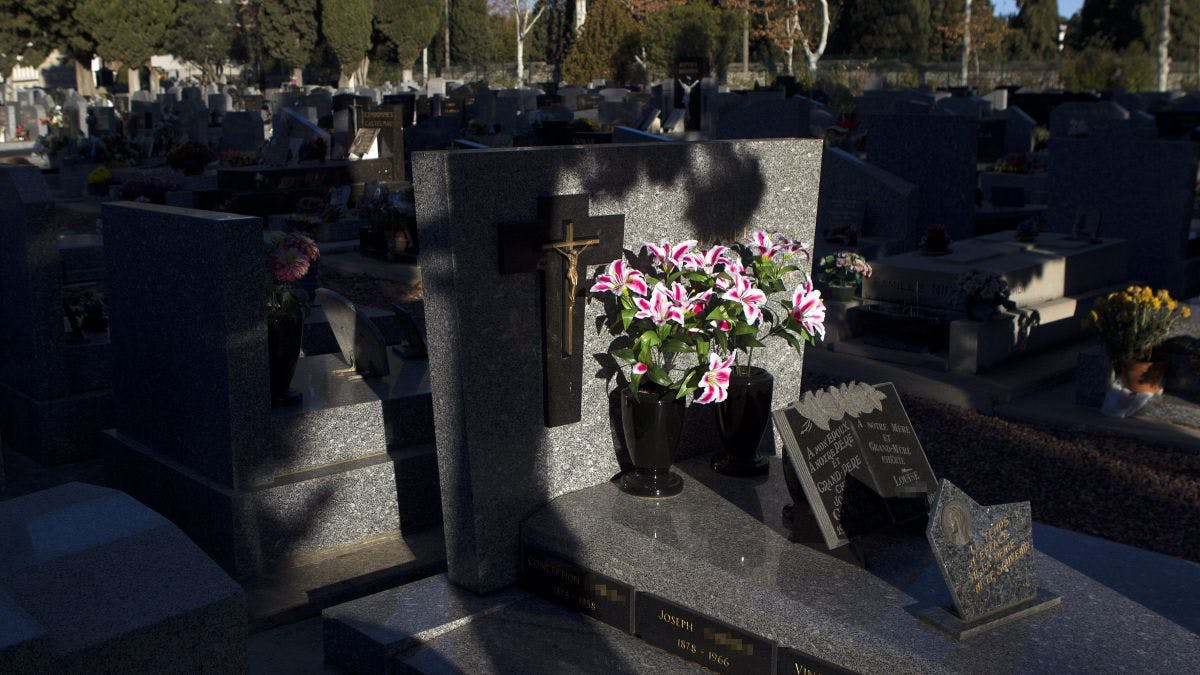 Cimetière Alès - meilleures-pompes-funebres