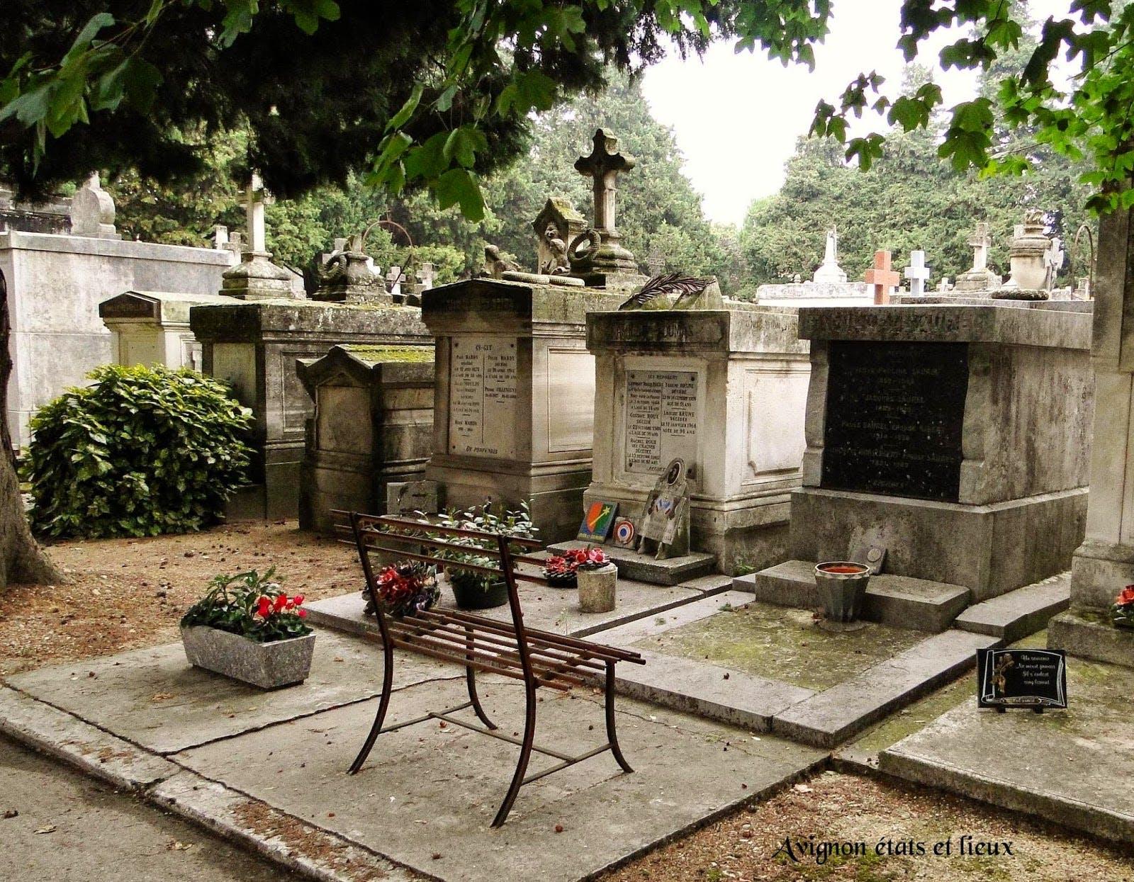 Cimetière Avignon - meilleures-pompes-funebres