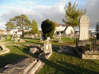 cimetière mantes la joie