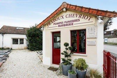 Photo de la Pompe Funèbre PRADOUX -CHEVRIOT