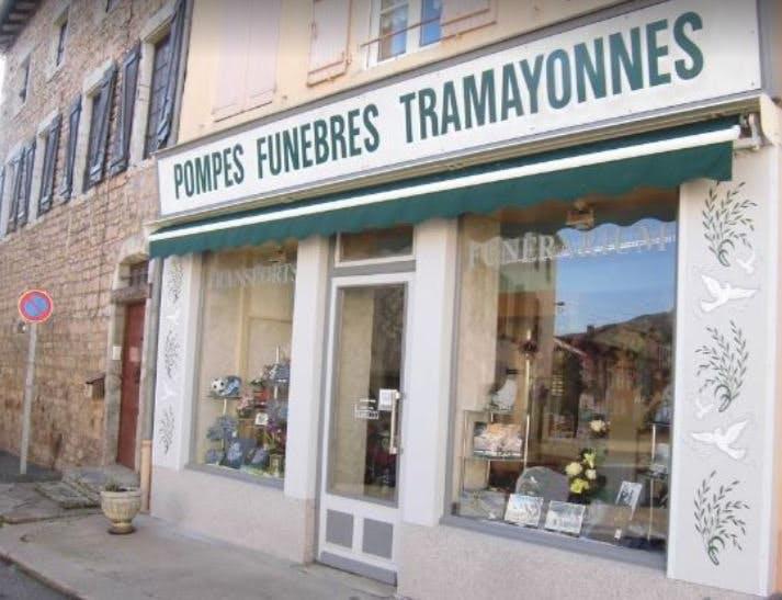 Photo de la Pompe Funèbre POMPES FUNEBRES RIVIERE