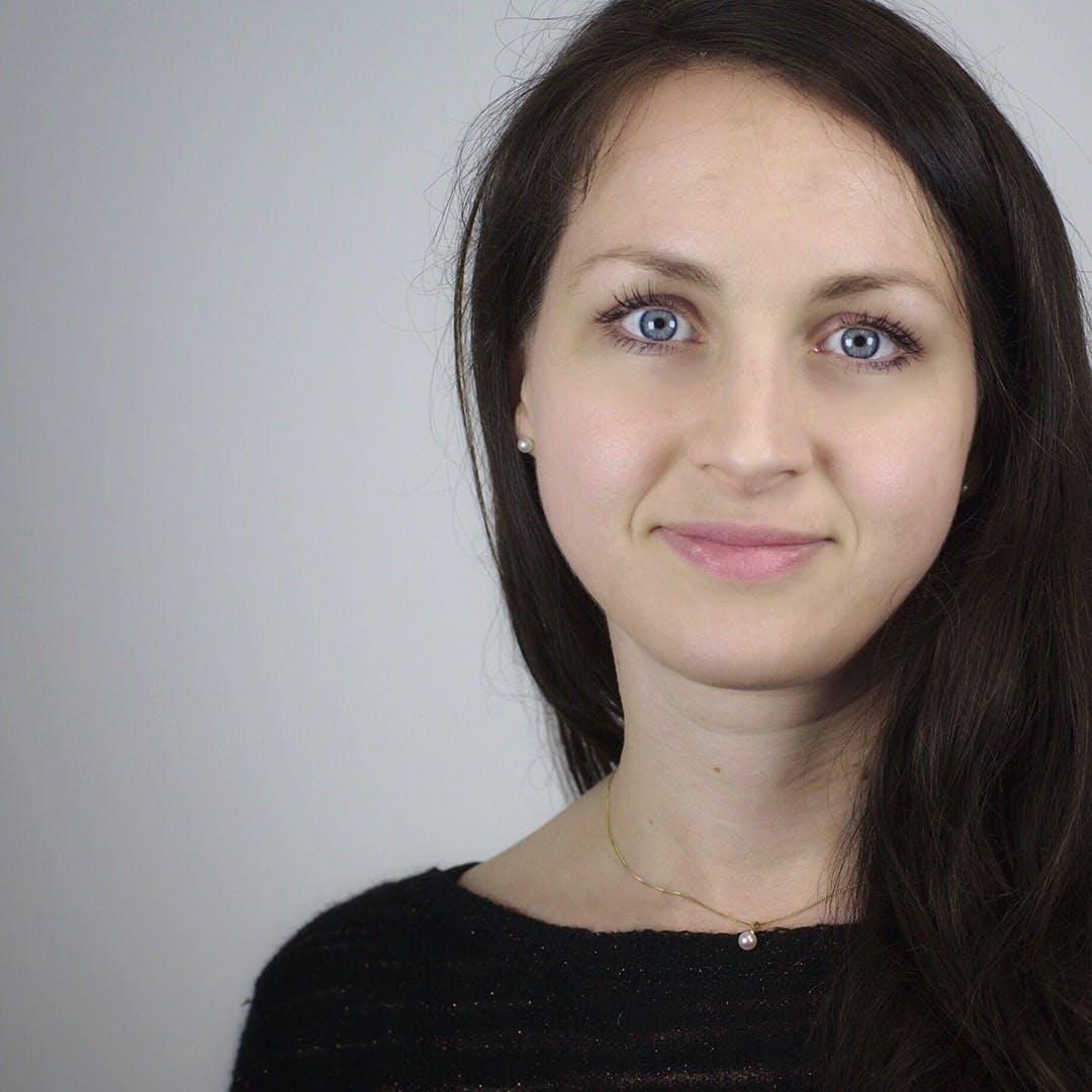 Bettina Kerz