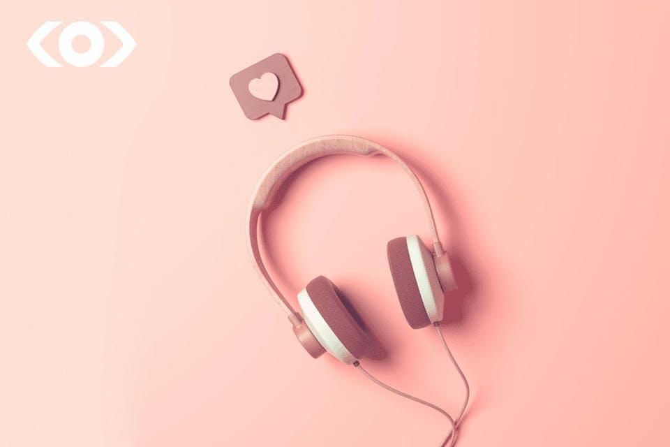 headphone on a pinkish background