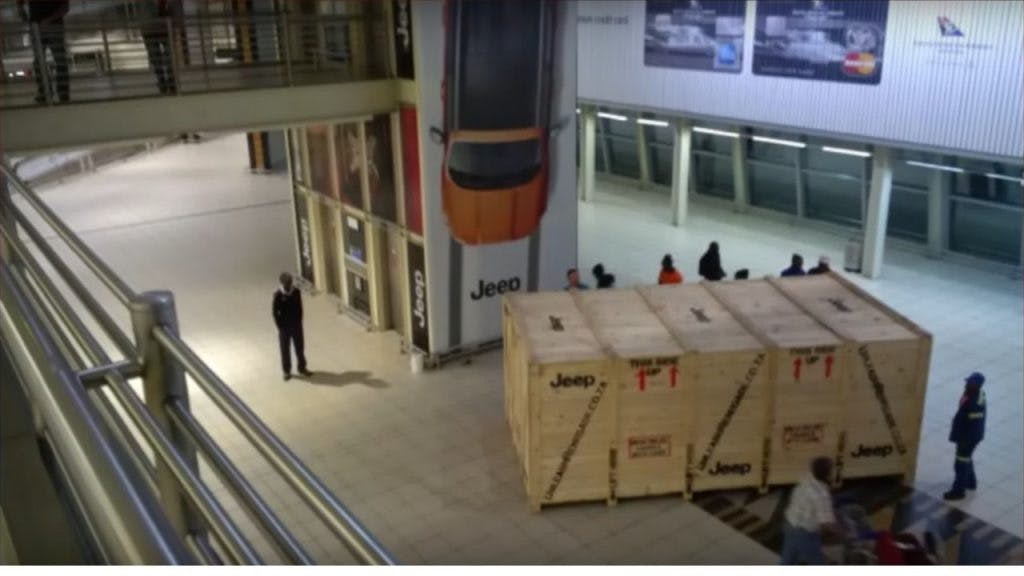 Jeep's campaign included displaying a large vehicle-sized box with Jeep branding in local airports