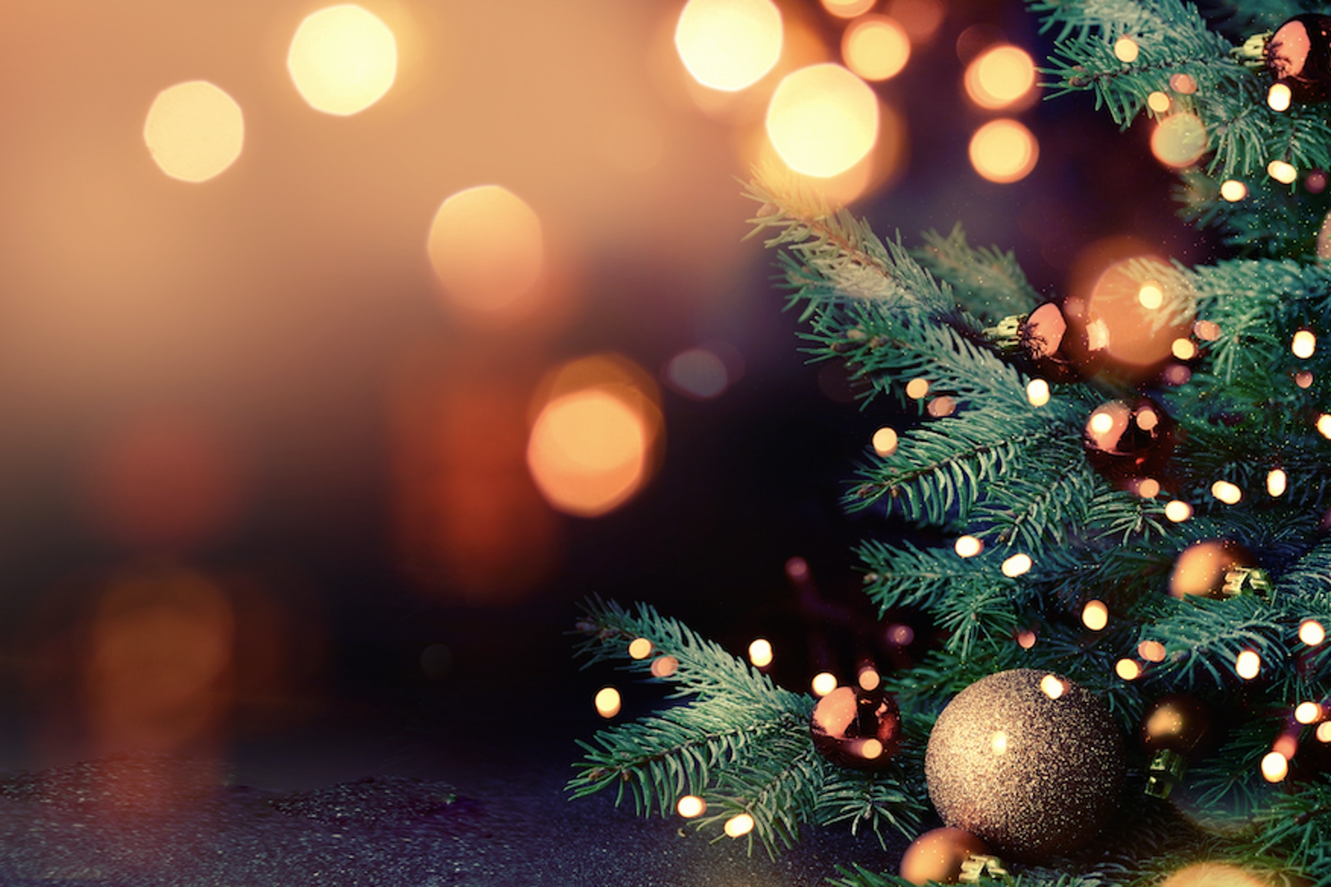 3-Steps to Social Media Holiday Strategy (With Examples)