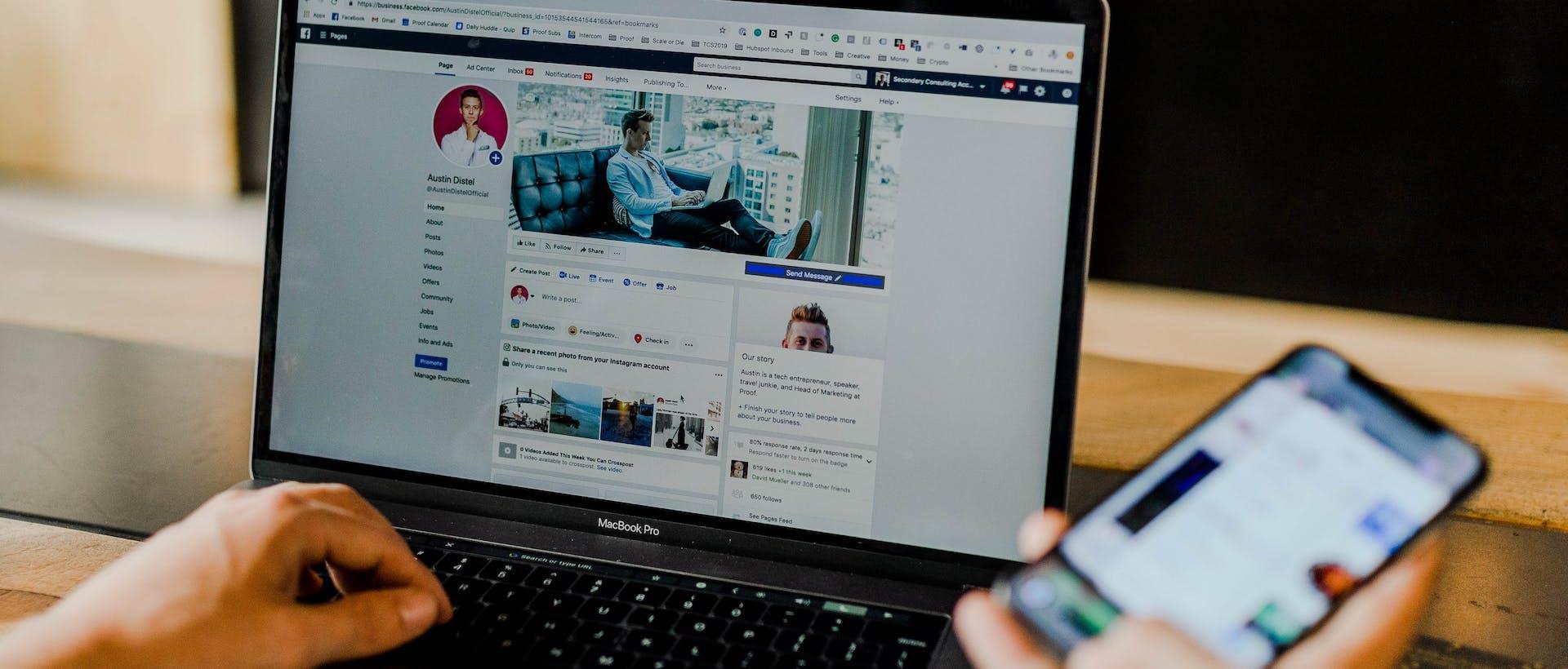 reporting social media