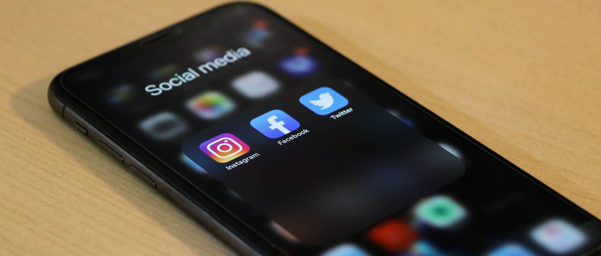 contenus réseaux sociaux