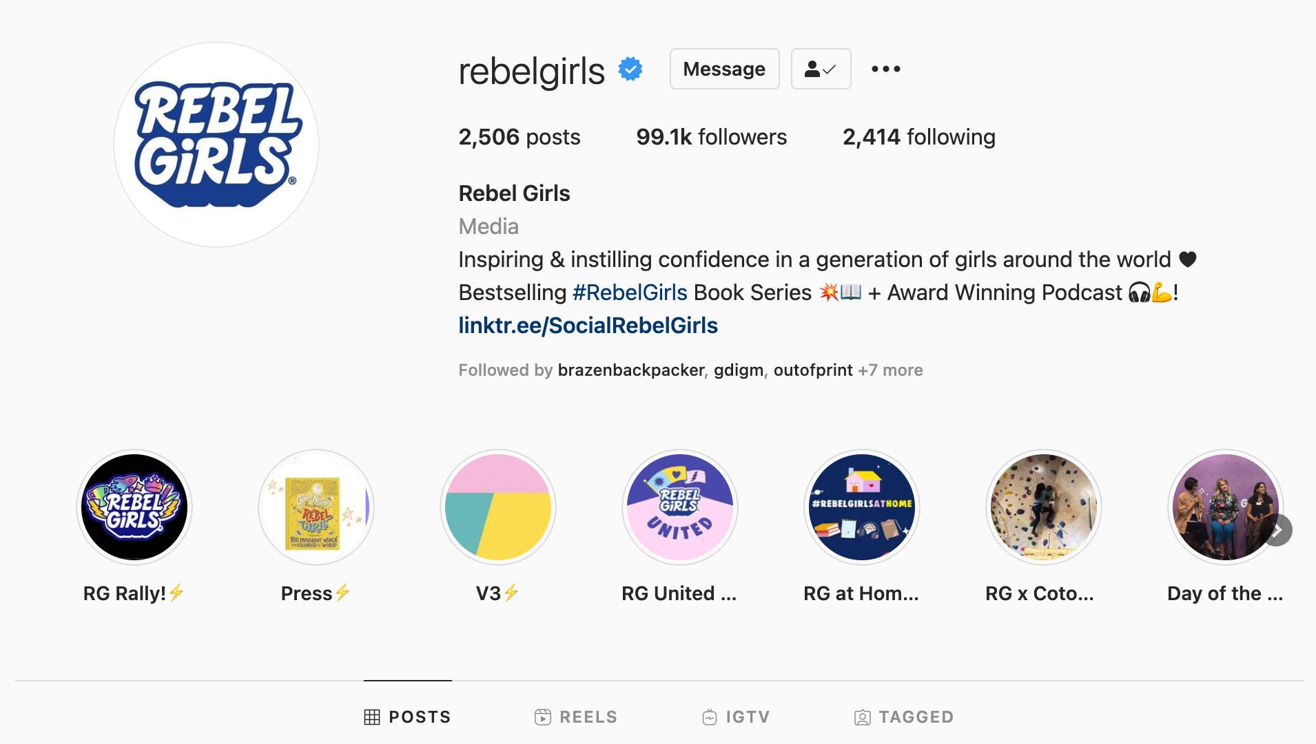 Example of Instagram bio highlighting several different specialities, like podcasts and book series, for an educational website.