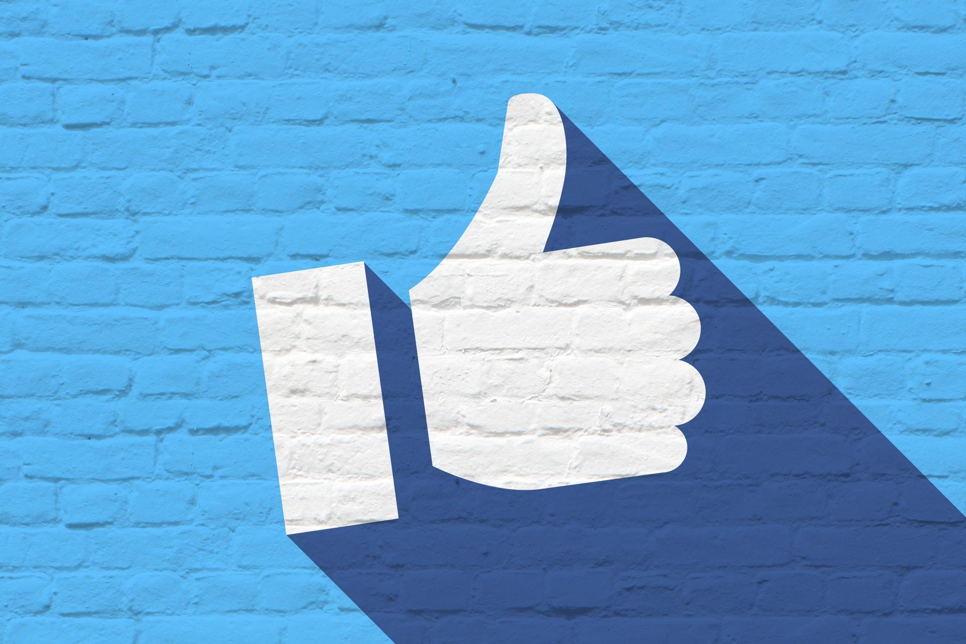 Kuvituskuva Facebookin tykkäys-painikkeesta