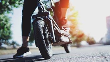 E-Scooter mit Straßenzulassung.