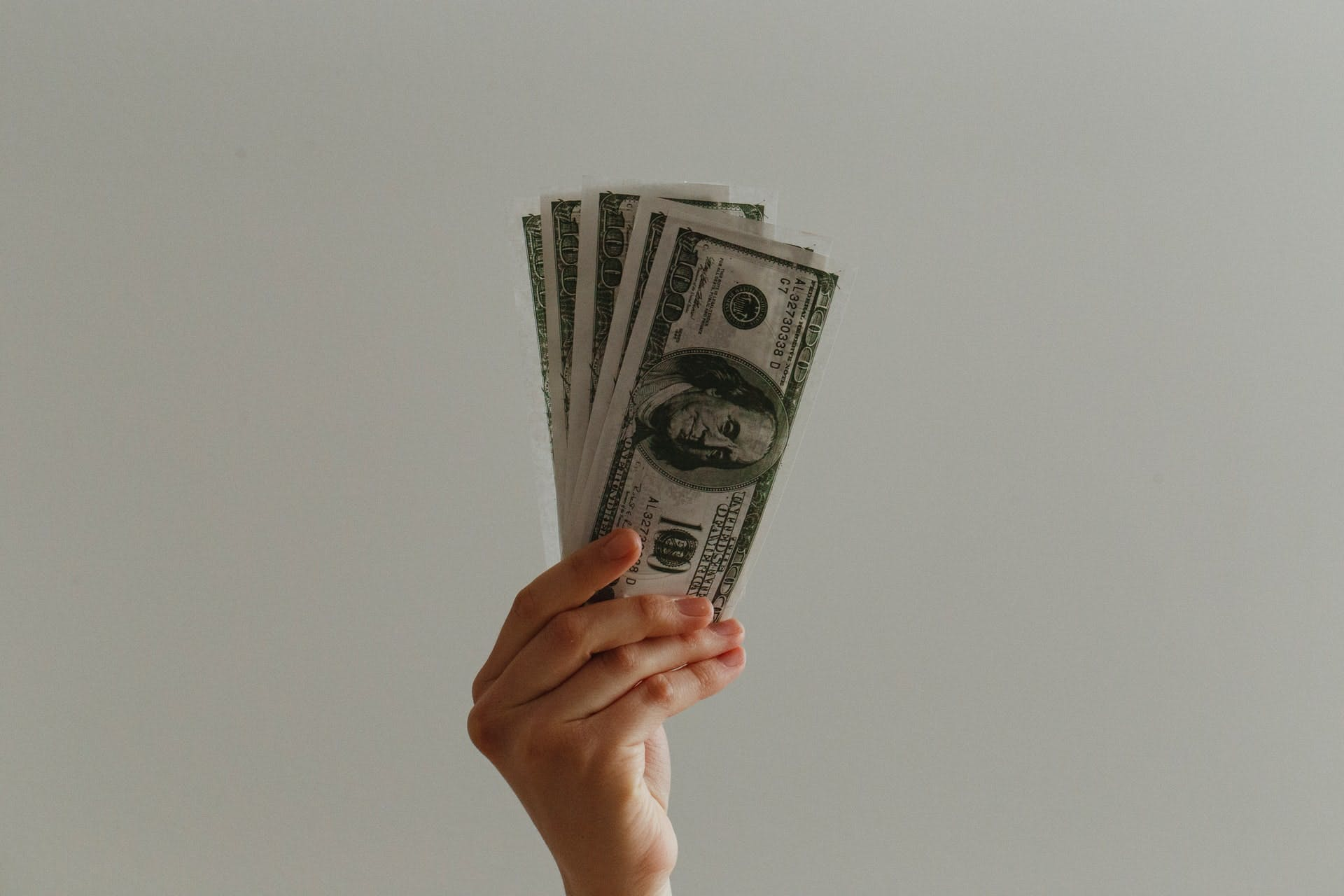 資産運用のおすすめ方法を紹介。リスクとリターンを認識して選ぼう