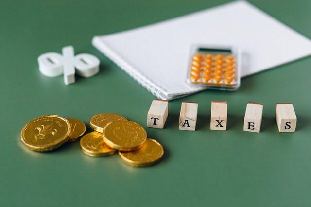 不動産投資にかかる税金とは?