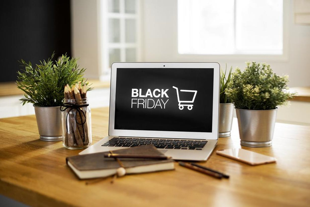 10 Tips to Prep For Black Friday & Cyber Monday During COVID-19