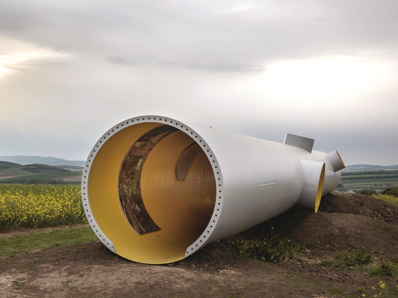 Rohr aus einer aufgelassenen Windkraftanlage