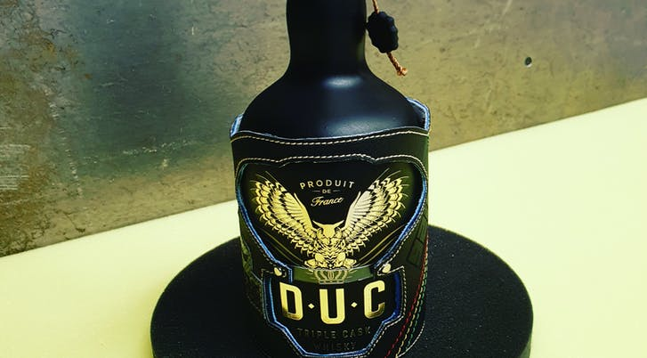 Whisky DUC bottle case