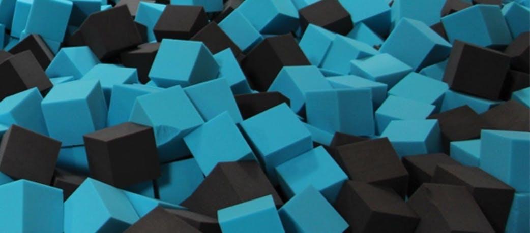 cube mousse de remplissage, cube polyuréthane M4, parcs et jeux enfants, cubes mousse polyuréthane RF RP