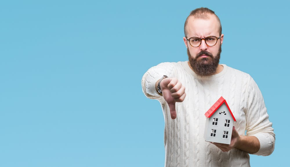 Thumbs down to poorly performing estate agents
