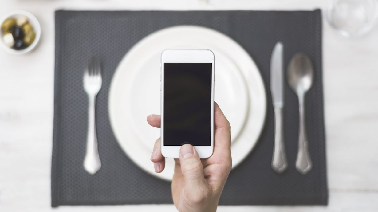 7 ways the top quick-serve restaurant apps engage their users
