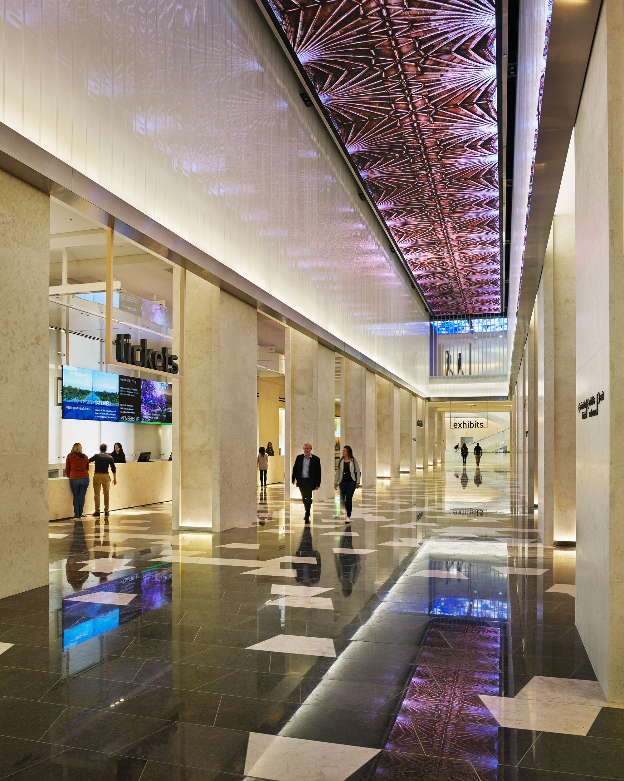 Museum of the Bible lobby with view of the digital ceiling