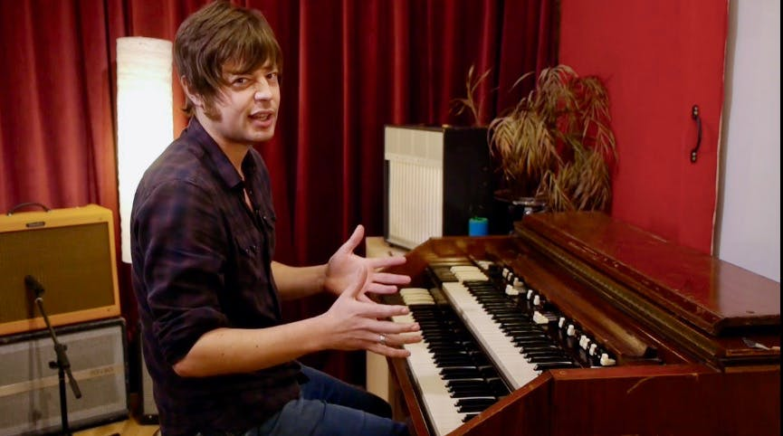 Joe Glossop playing the Hammond Organ