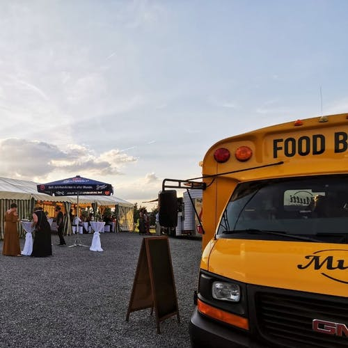 Was bei der Planung eurer Veranstaltung mit einem Foodtruck Catering wichtig ist