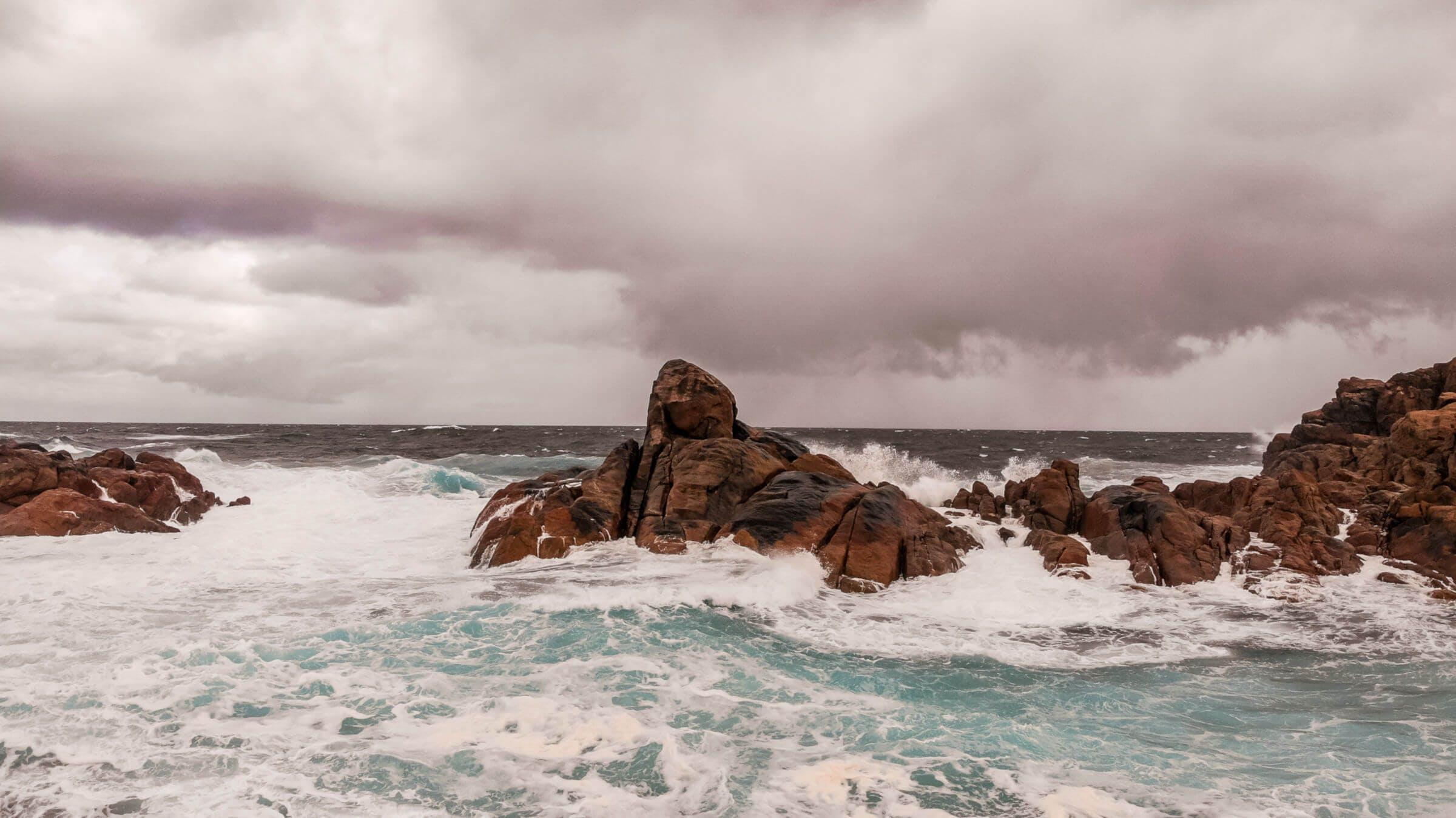 rocks-shoreline