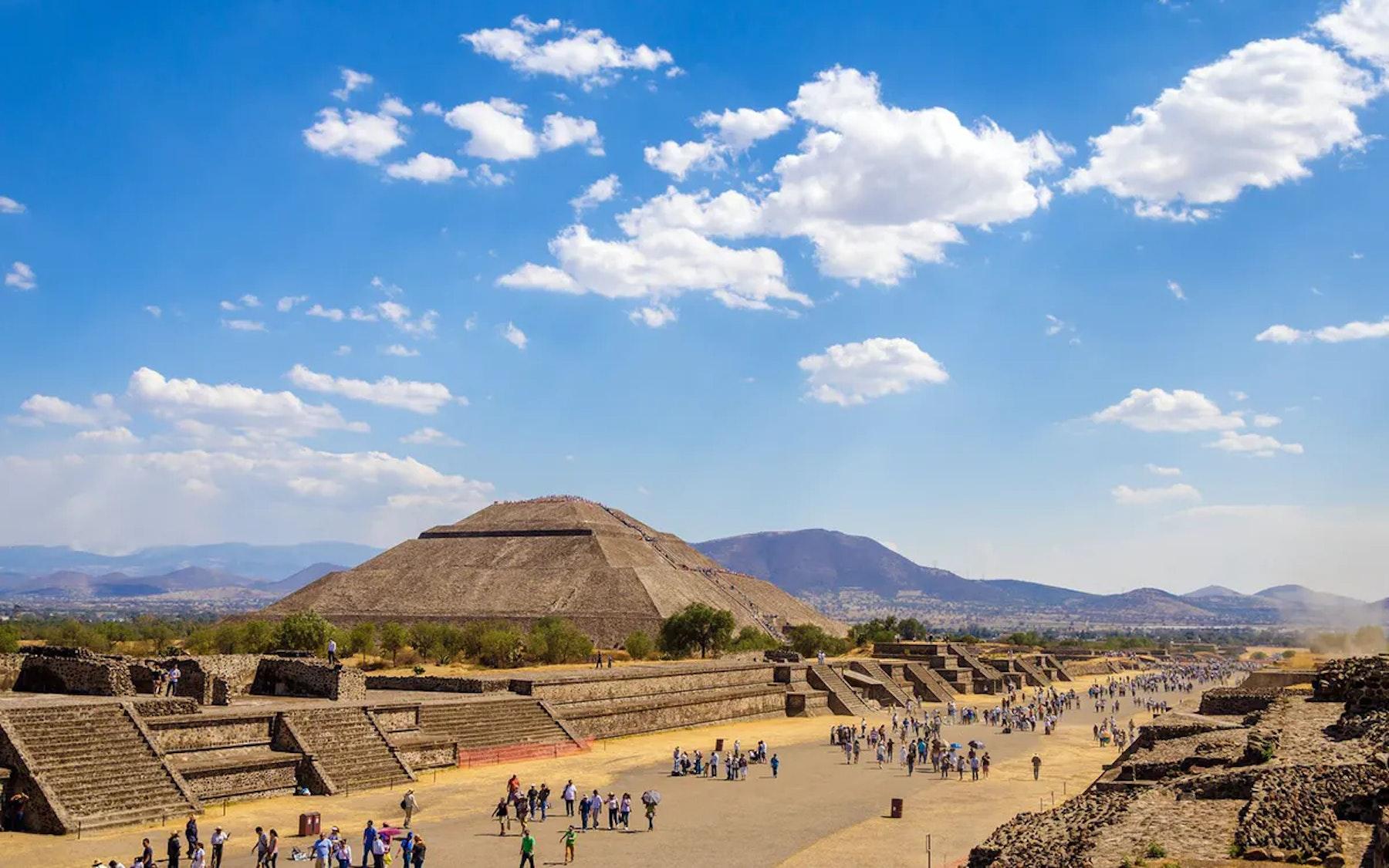 Teotihuacan Tours